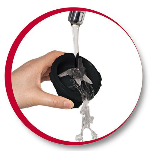 میتوان به راحتی این تیغه ها را زیر آب شست و سپس خشک کرد که به عمر این تیغه ها دوام می دهد.