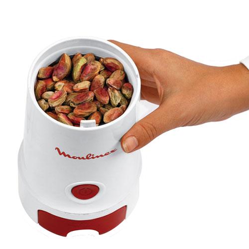 از این دستگاه میتوان برای آسیاب کردن قهوه و ادویه و خشکبار استفاده کرد.با توجه به قیمت مقرون به صرفه و کارایی آن میتواند خرید مناسبی باشد.