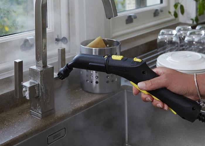 این دستگاه قابلیت تنظیم بخار را دارد و برای راحتی کار کلیدهای تنظیم بخاردهی روی دسته تعبیه شده است.