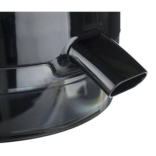 دهانهی خروجی این دستگاه از جنس پلاستیک بوده که با سایز مناسب به خروج مایعات سرعت میدهد.