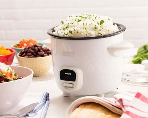 پلوپز یکی لوازم محبوب آشپزخانه است که به آشپزی سریع شما کمک میکند.