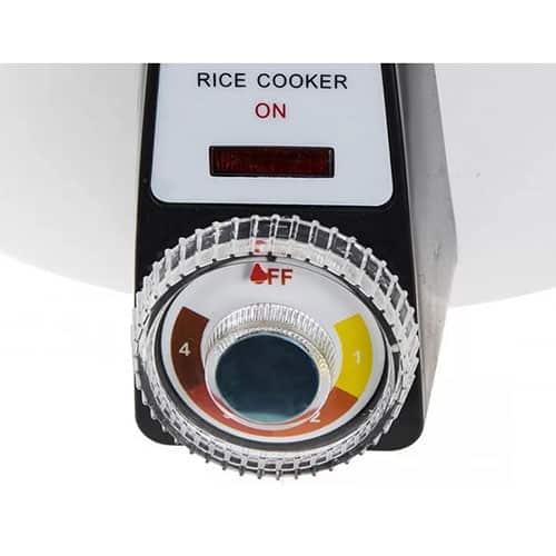 یک کلید 4 حالته چرخشی در جلوی دستگاه قرار گرفته است، با این کلید قادر خواهید بود پلوپز را در 4 حالت مختلف برای پخت برنج تنظیم نمایید.