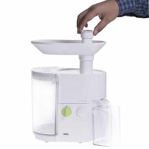 این محصول با یک حالت سرعت کار میکند که میتوانید از آن برای آبگیری میوههای نرم و سبزیجات و میوههای سفتتر استفاده نمایید