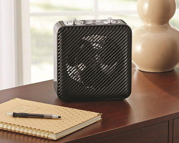 در این مدلها به دلیل داشتن فن، گرما بهتر در محیط پخش شده و خیلی سریع فضا را گرم میکند.